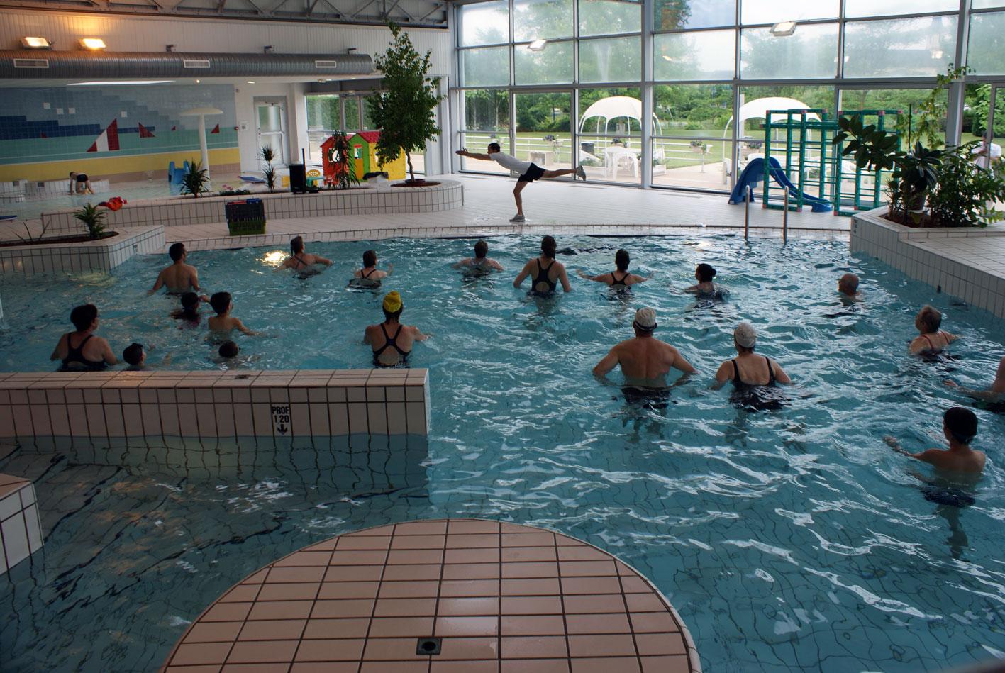 Les activit s de la piscine du v ron for Piscine blomet aquagym