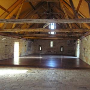 Abbaye de Seuilly : la grange