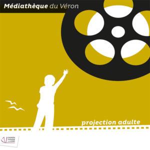 Projection d'un film documentaire sur la pollution engendrée par Internet.